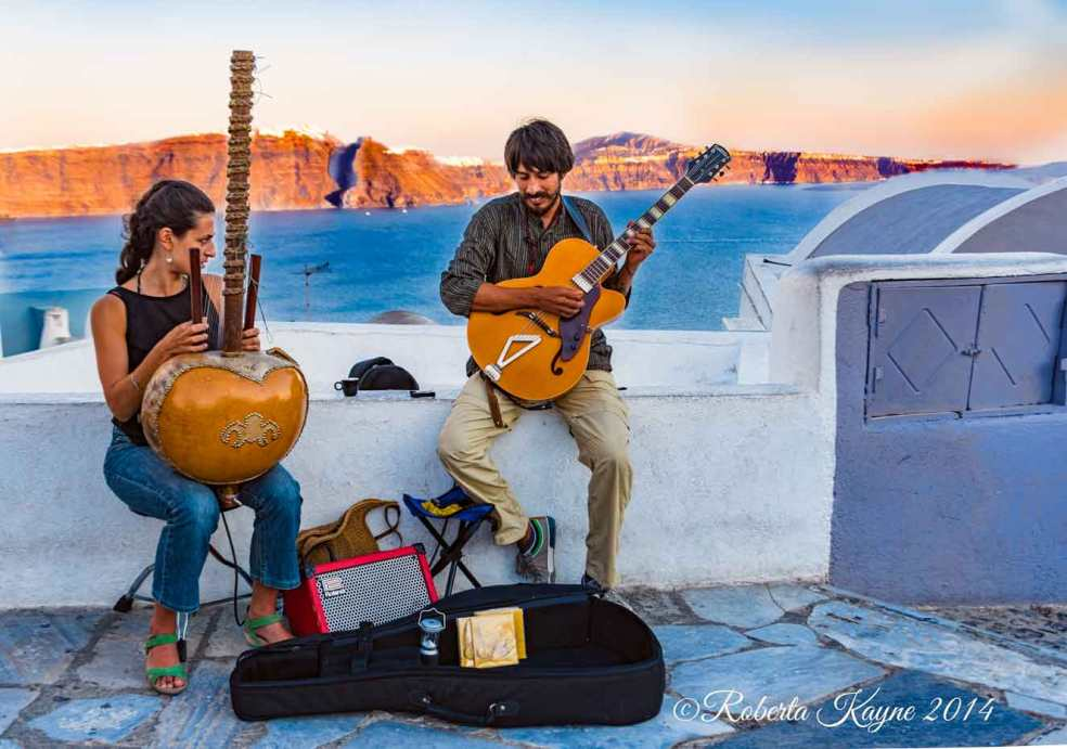 9-13-14-Santorini-2280-Musicians-small