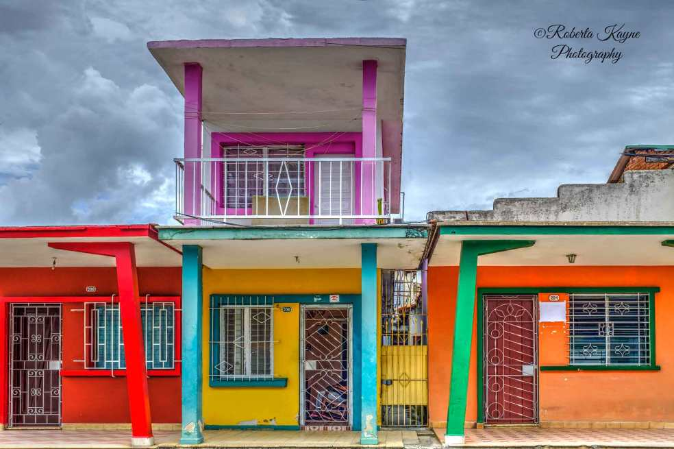 1-9-18-Colorful-Homes-3669_70_71-small