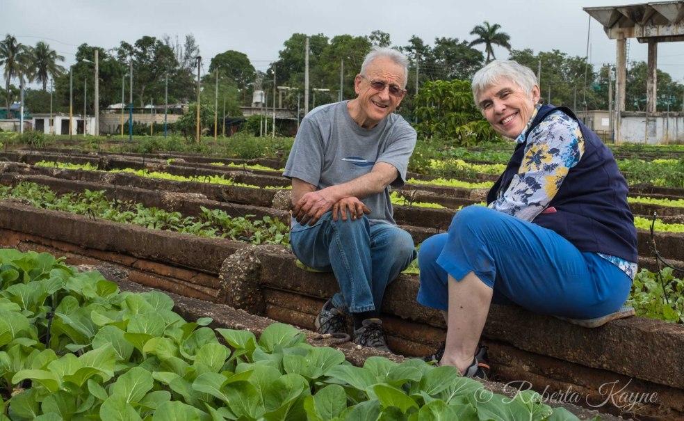 1-9-18 Lynda & Andrew at Garden RKXT3598