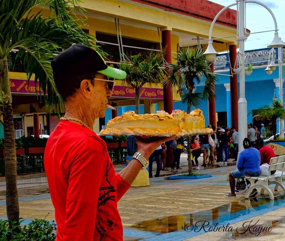 1-10-18-Cake-Carrier-RKXT3711-small